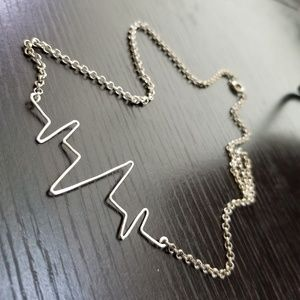 Jewelry - Silver Heart Rate Heart Beat Pulse Wire Necklace